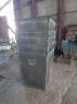 Мусорные контейнеры перед покраской